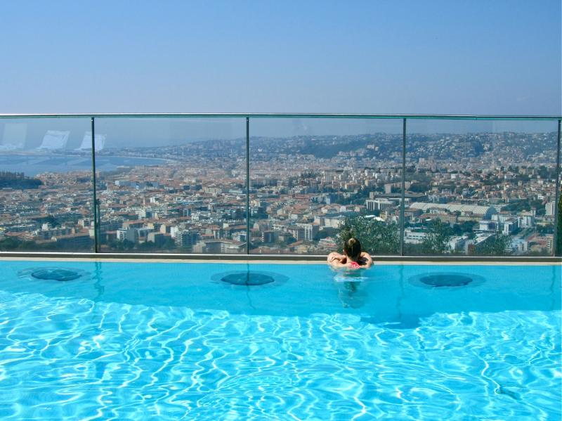 Luxury executive & holiday flat w/ pool in Nice - Image 1 - Nice - rentals