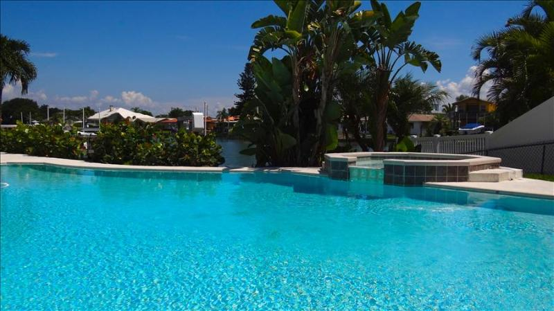Palm Island Beach House - Image 1 - Clearwater - rentals