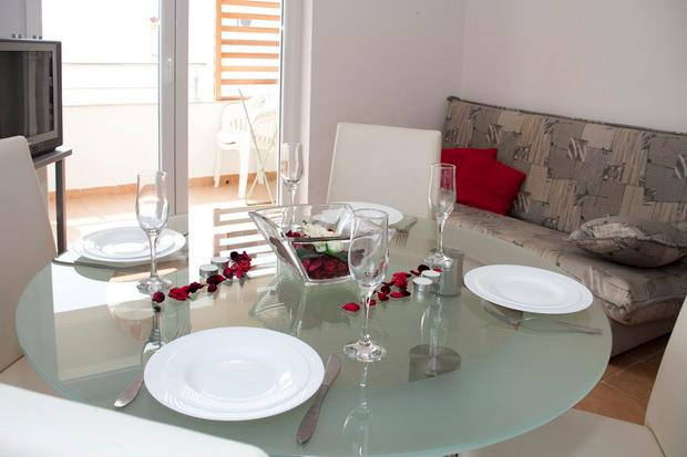 1_Dining table next to balcony - 9 Spital - Novalja - rentals