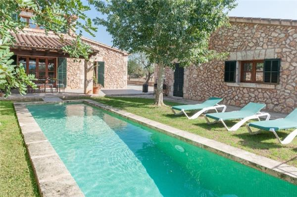 Holiday house for 9 persons, with swimming pool , in Santa Margalida - Image 1 - Santa Margalida - rentals