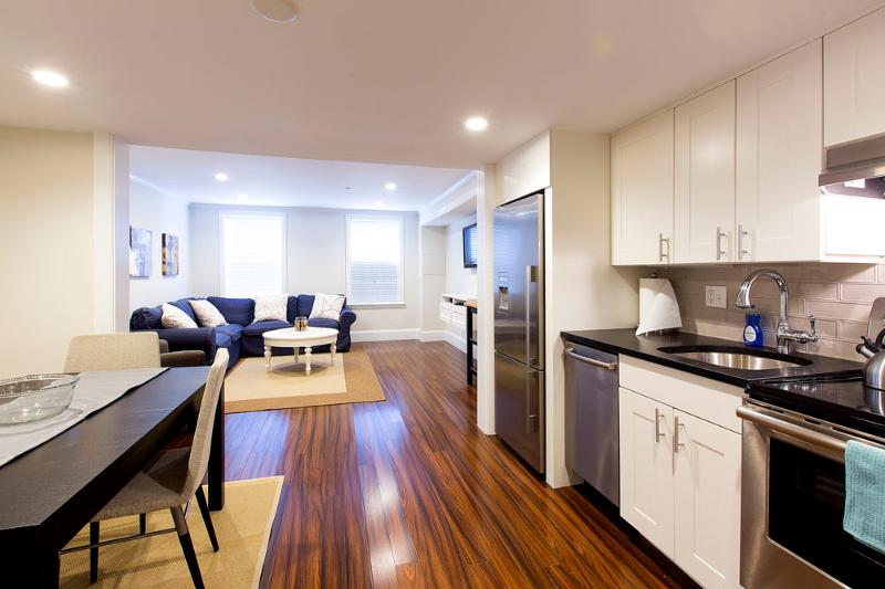 Beacon Hill - Charles Street #1 - 3 bedroom, 1.5 bathroom, sleeps 6-7 - Image 1 - Boston - rentals