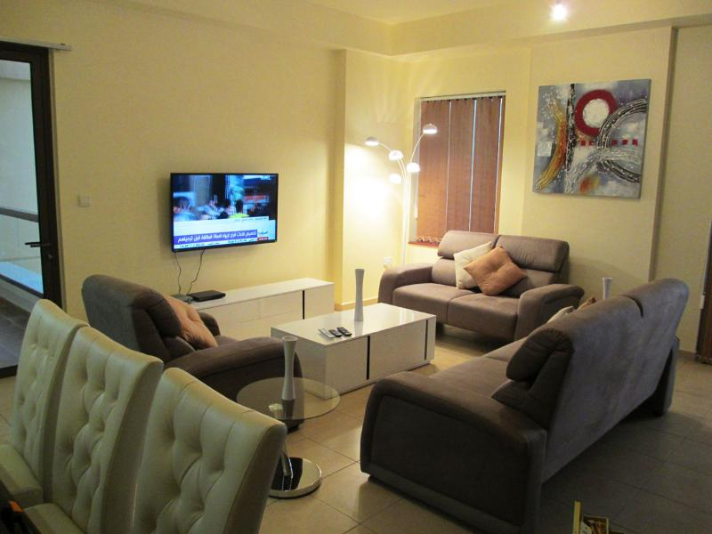 Luxurious 1 Bed Apt With Sea View - Image 1 - Dubai - rentals