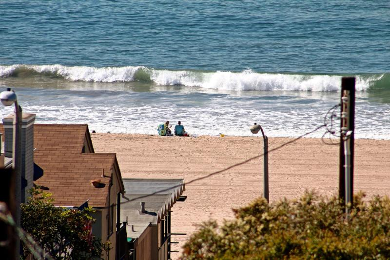 Views of Catalina and the Pacific, Designer home - Image 1 - Manhattan Beach - rentals