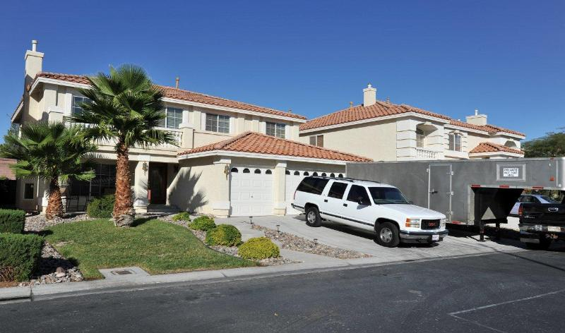 Southwest Comfort - 4 BR, 3 BA with Pool And Spa - Image 1 - Las Vegas - rentals