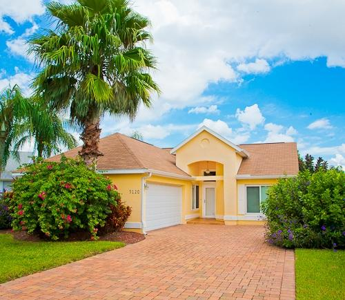 Exterior - Meadows at Parker Lakes - Fort Myers - rentals