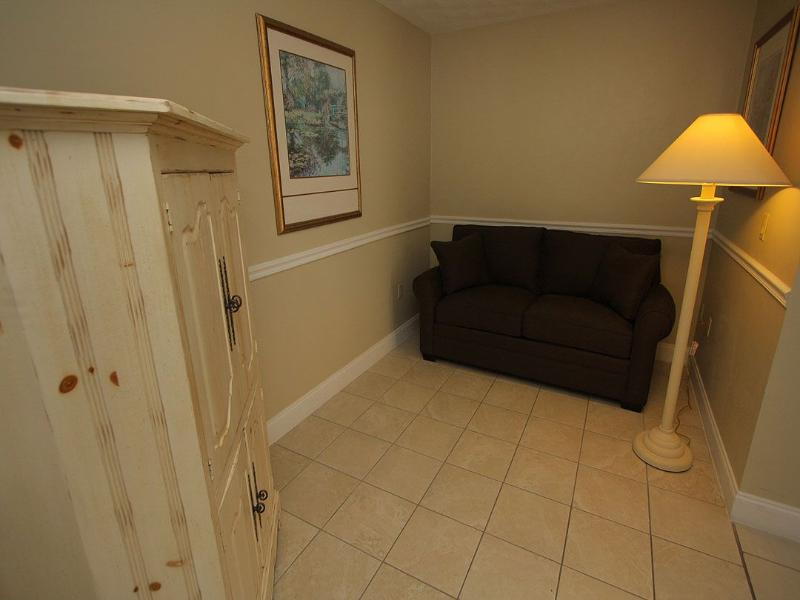 Living Area - Room 107 - Fort Myers Beach - rentals