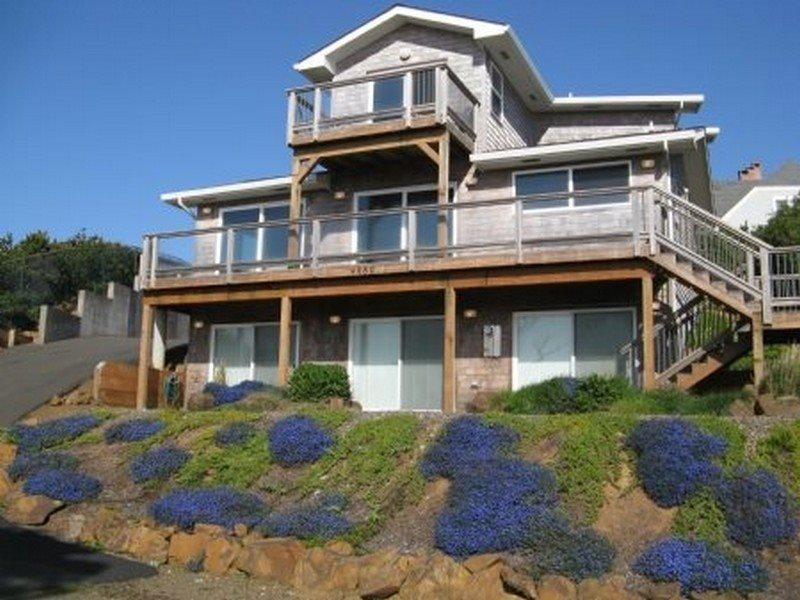 Lincoln Beach Retreat  - LINCOLN BEACH RETREAT - Lincoln Beach, Depoe Bay - Depoe Bay - rentals