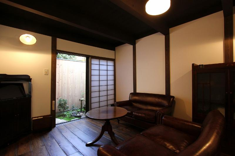Living room - NEW! Gion`s Hidden Gem Machiya Residence - Kyoto - rentals