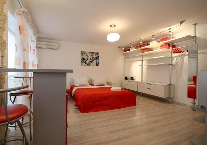 Stylish Euro Studio, fresh modern design in center - Image 1 - Kiev - rentals