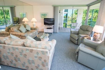 Living Room  - Island Beach Club 330B - Sanibel Island - rentals