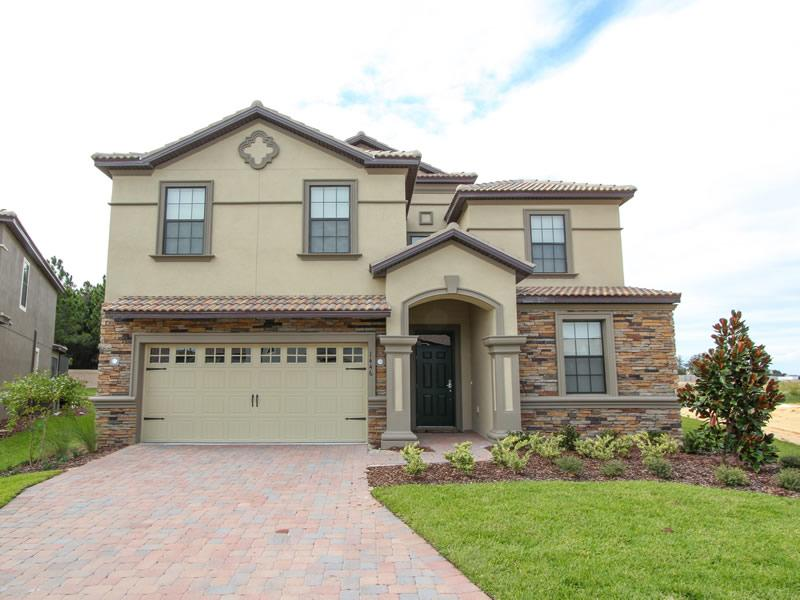 8 bed,5 bath home with pool near Disney! - Image 1 - Loughman - rentals