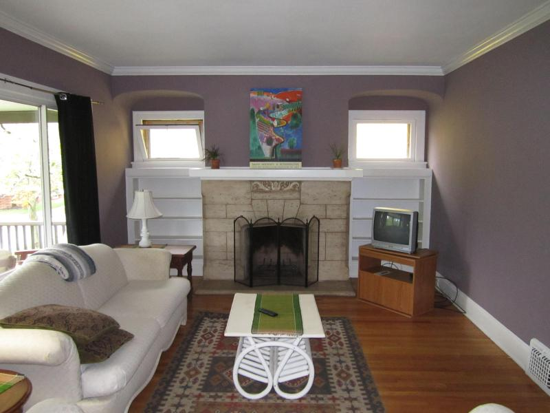 K2: Temporary / Furnished apartments near Cleveland Clinic, University Hospitals and University Circle - Image 1 - Cleveland Heights - rentals