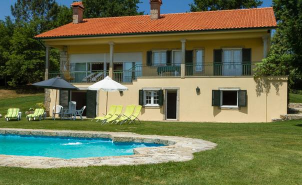 Beautiful detached villa with private pool  on the the Costa Verde / North Portugal - PT-1075483-Paredes de Coura - Image 1 - Paredes de Coura - rentals