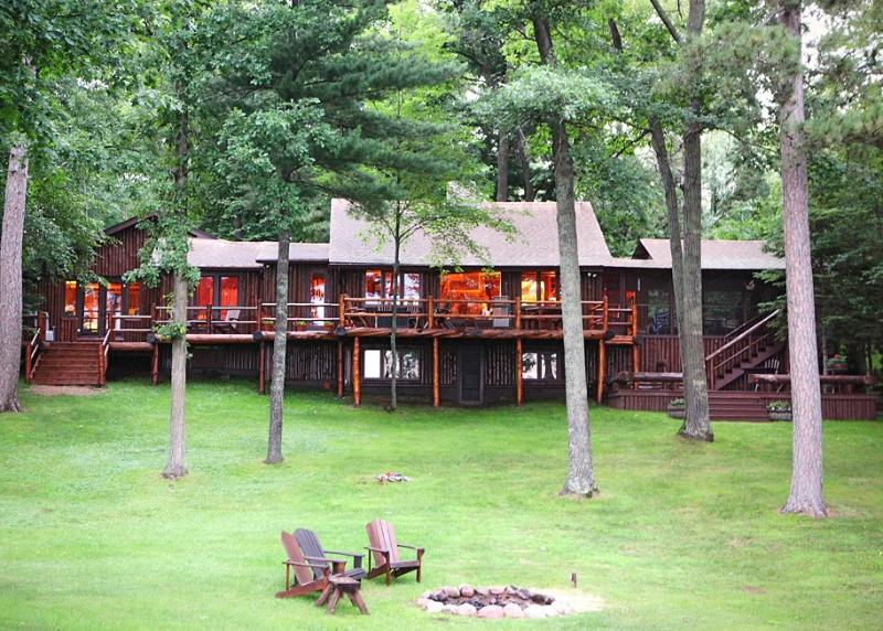 1920's Log Cabin on Rush Lake of the Whitefish Chain! - Image 1 - Crosslake - rentals