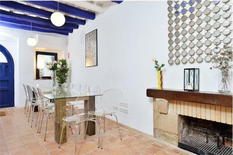 Boutique Hotel at the beach wifi/ac/breakfast included/daily cleaning - Image 1 - Sitges - rentals