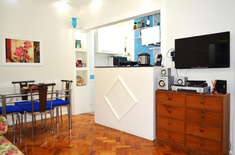 Copacabana Pleasant 2 Bedroom - Image 1 - Itanhanga - rentals