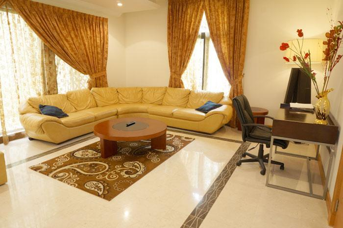 Luxury Palm Island Villa with Private Beach 288826 - Image 1 - Dubai - rentals