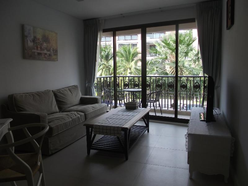 2 bedrooms for rent in Marakesh HuaHin with  balcony pool view - Image 1 - Hua Hin - rentals
