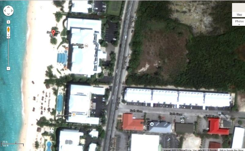 Satellite image pf Park Place and Seven Mile Beach - very close - Luxury Condo centrally located  - Park Place Plaza - Seven Mile Beach - rentals