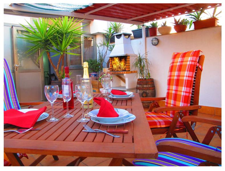 Attic, Gran Terraza, Barbacoa - Atico, Barcelona Airport,  (R)  Terraza, Barbacoa, Parking,  WIFI, ADSL, Mini Bar - Viladecans - rentals