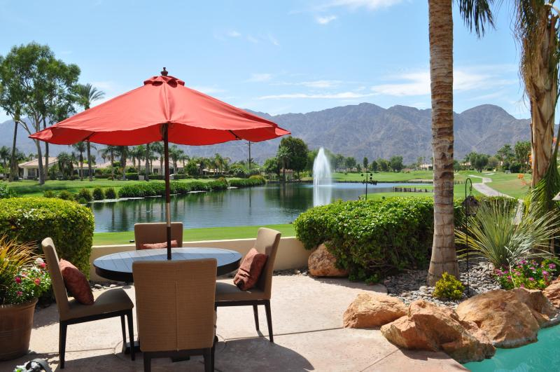 Wake up to this view every morning - La Quinta Fairways Beautiful Golf Course Home - La Quinta - rentals