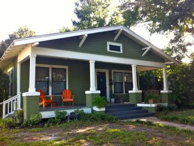 Front of The Cozy Bunglaow - Casa Verde - Gulfport - rentals