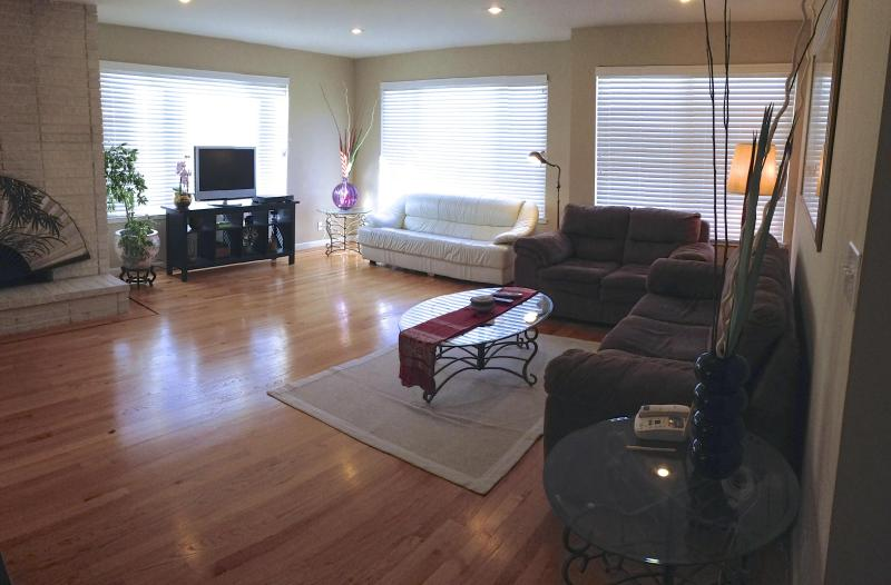 Luxurious 3BR 3BA Parkside Home - Image 1 - San Francisco - rentals