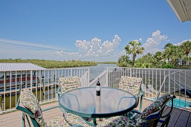 Stunning Walk-to-Beach Bay view home - Image 1 - Bonita Springs - rentals