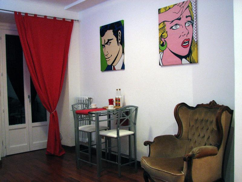 Living room and kitchen - NEW ! Jewel apartment in Milan city center ! - Milan - rentals