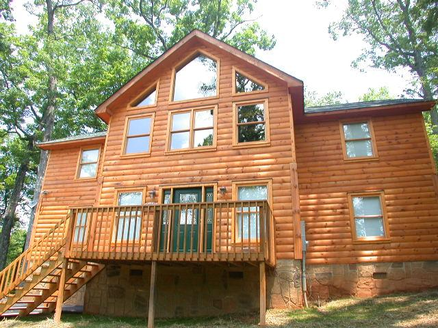 Welcome to Greenbriar Lodge cabin! - Great 4 bedroom 3 bath cabin in the Smokies.  Greenbriar Lodge - Sevierville - rentals