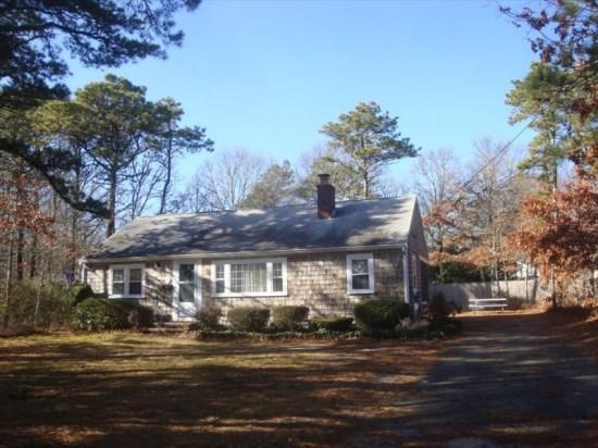 Approx. 1/2 mile from Parkers River Beach - 17 Hope Road - Image 1 - South Yarmouth - rentals