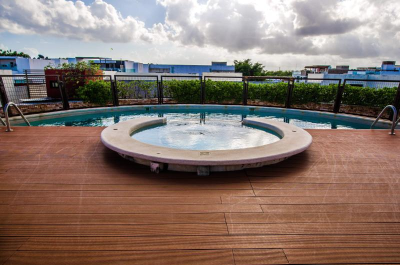 Great Flat in Amazing Area H104A - Image 1 - Riviera Maya - rentals