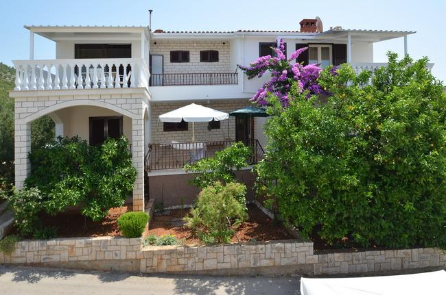 """holiday house western side - Apartments """"FRANICA"""" - Blato - rentals"""