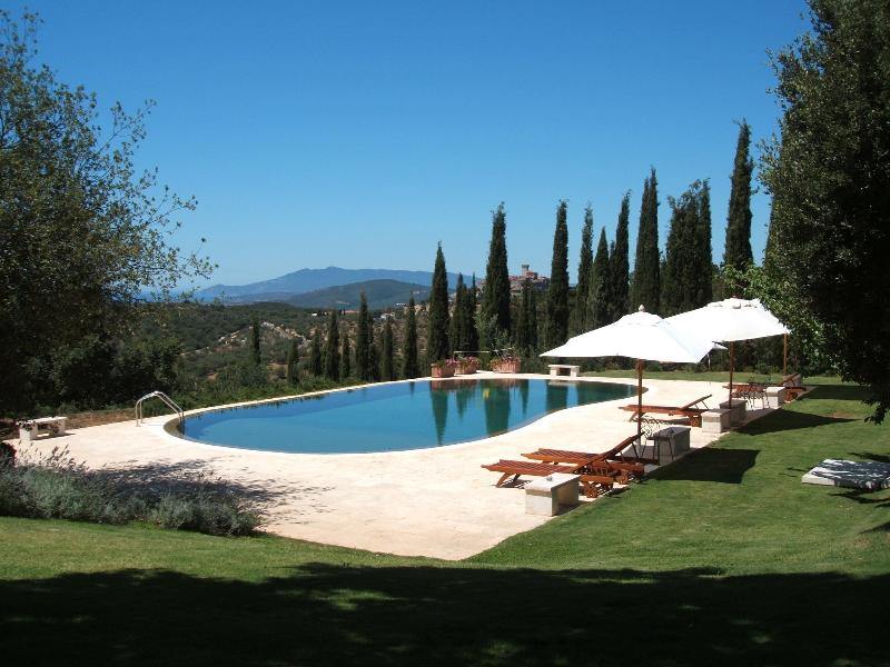 Tuscany Coast Villa, Sea Views - Image 1 - Tuscany - rentals