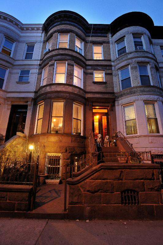 outside of the house - private entrance downstairs - Brooklyn Brownstone Full Floor Apartment - Brooklyn - rentals