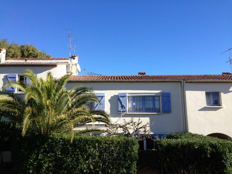 THE 2 Independent APARTMENTS VILLA - Cannes 2 separated Apartmts Villa WIFI Park Garden - Cannes - rentals