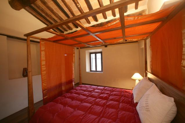 Bedroom Giotto - Villa Amedeo- Giotto apartment . near Siena - Malborghetto Valbruna - rentals