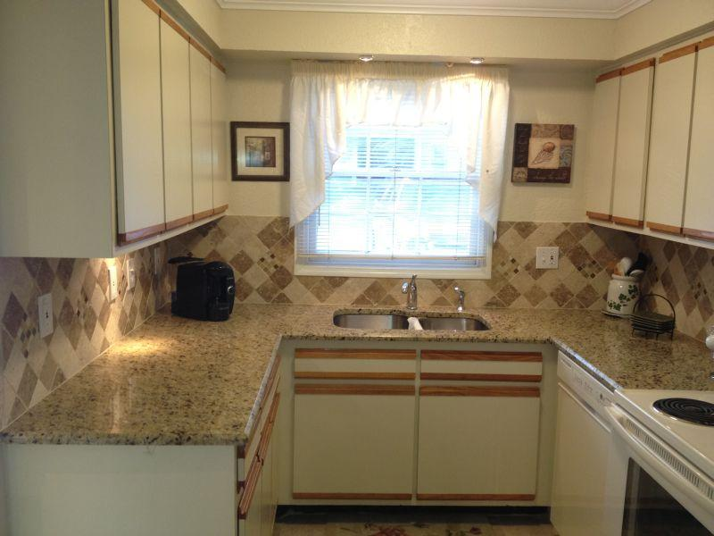 Beautiful Chefs Delight Kitchen!  - Direct Lakefront Townhome on  Fish/Ski Lake - Casselberry - rentals