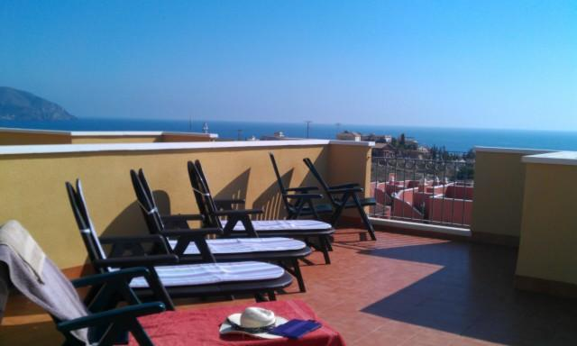 All day sunbathing with fabulous views - 2 bed 2 bath villa with stunning sea views - Isla Plana - rentals