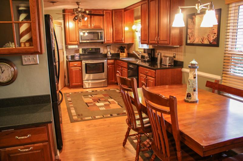 Kitchen - Waterfront Home With Guest Suite & Pool Access - Virginia Beach - rentals
