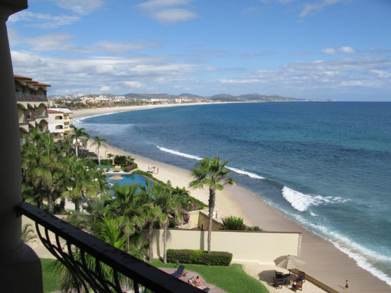 view from balcony - Beachfront Paradise for Surfers and Beach Lovers - San Jose Del Cabo - rentals