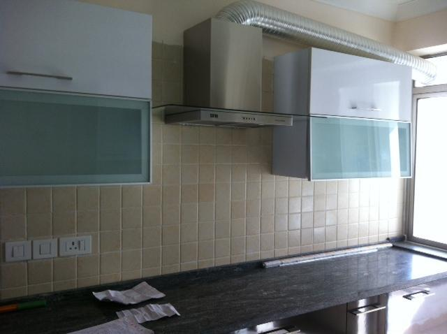 Kitchen - 3 Bedroom 3900 sqft Penthouse on Golf Course Road Gurgaon - Gurgaon - rentals