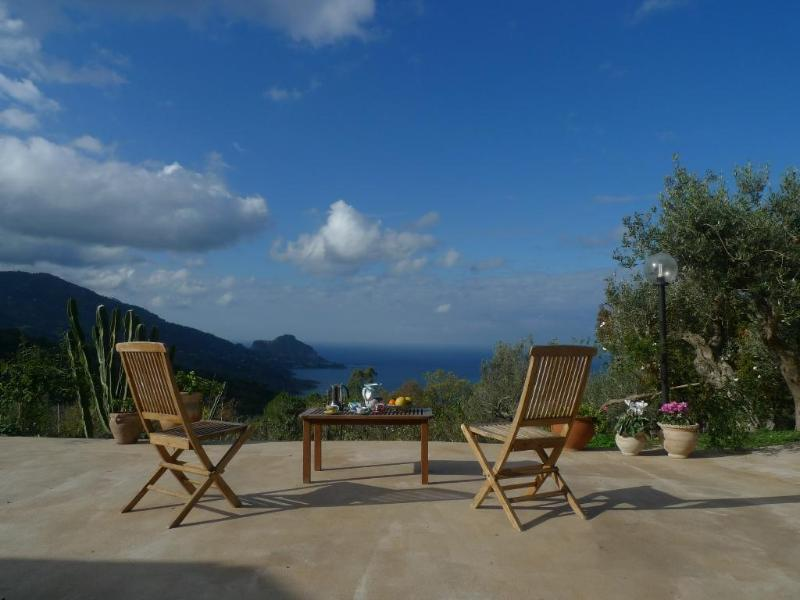 terrace with sensational sea views - Spacious villa, olive grove, sensational sea view - Isnello - rentals