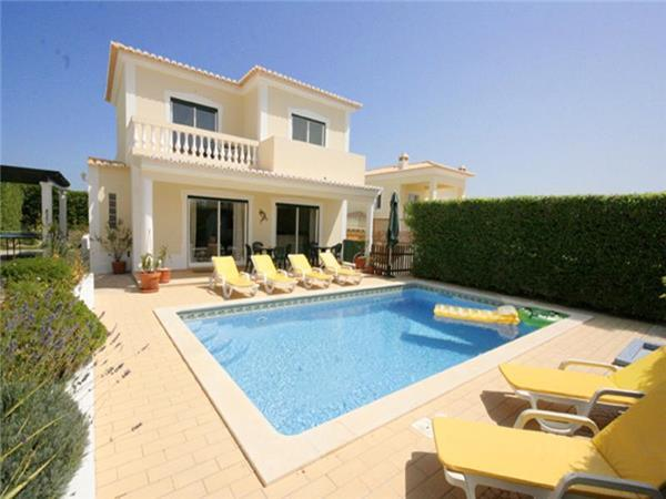 Holiday house for 4 persons, with swimming pool , in Lagos - Image 1 - Lagos - rentals