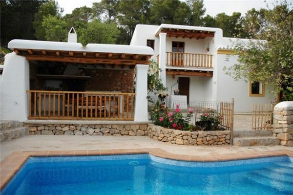 Holiday house for 7 persons, with swimming pool , in Santa Eulalia del Río - Image 1 - Es Codolar - rentals