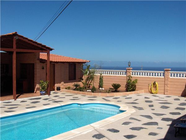 Holiday house for 4 persons, with swimming pool , in Arafo - Image 1 - Arafo - rentals