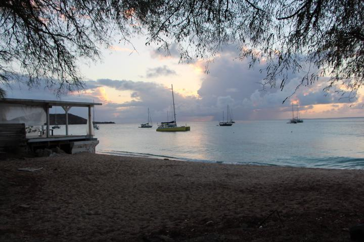 Beautiful sunsets - Grand Case Studio, beach and walk to Restaurants - Grand Case - rentals