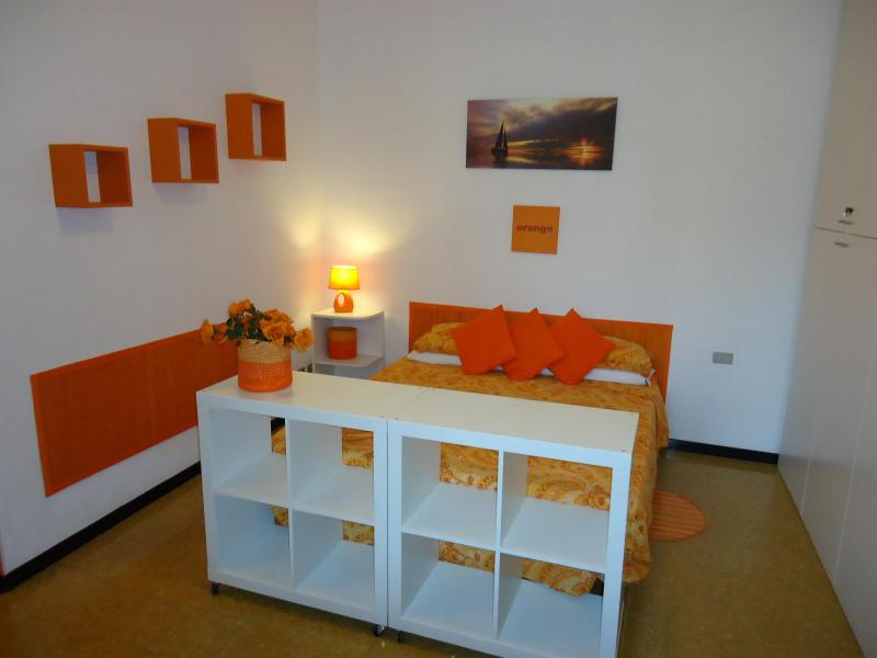 "DESIGN DISTRICT ""ORANGEONE STUDIO"" UP TO 4 - Image 1 - Milan - rentals"