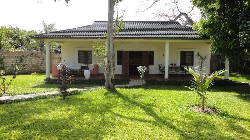 Cottage - Center Diani - WestWing Cottage - Diani - rentals