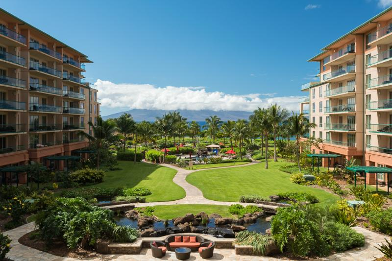 View of Inner Courtyard - CRAZY LAST MINUTE SPECIALS: Beautiful 3 BD ! - Kaanapali - rentals